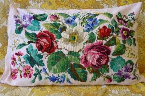Работа «Викторианские цветы»