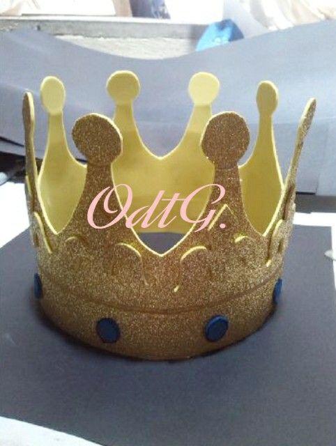 Corona de foami.