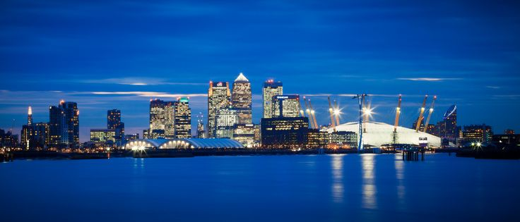 London night skyline looking west over the river from the Thames Barrier [OC][4707x2016]