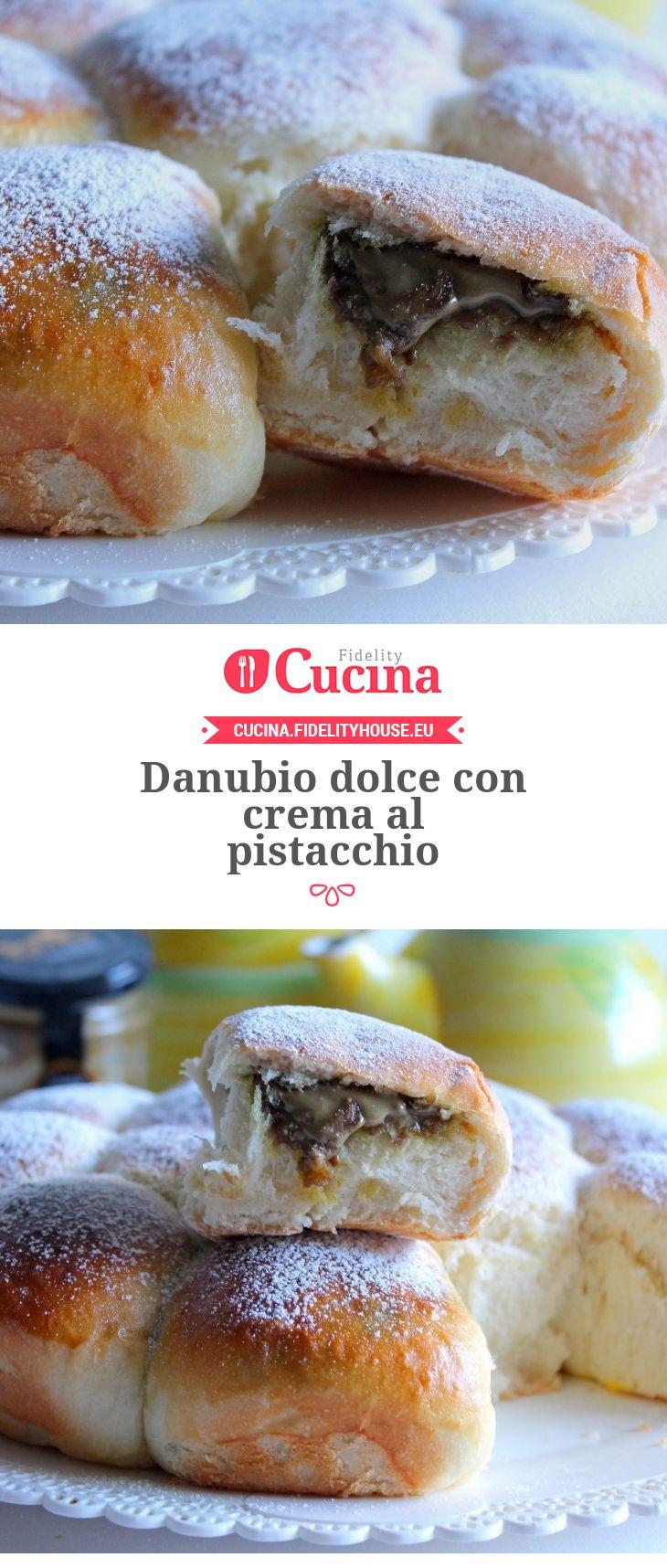 Danubio dolce con crema al pistacchio della nostra utente Giovanna. Unisciti alla nostra Community ed invia le tue ricette!