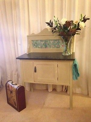 Beautiful Antique Wash Stand   Shabby Chic