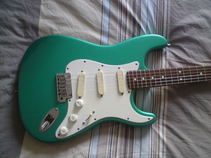 17 Best Images About Fender Stratocaster Green On