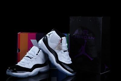 """Nike Air Jordan 11 """"Concord"""":"""