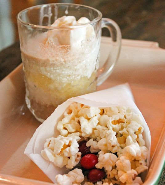 Hot Apple Cider Float and Fall Popcorn Trail Mix #HarvestFun #shop