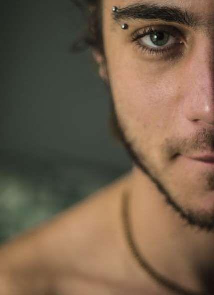 New Piercing Men Face Mens Fashion 57 Ideas Eyebrow Piercing Men, Innenohr Piercing, Mens Piercings, Facial Piercings, Face Peircings, Piercing Bouche, Guys Eyebrows, Mens Facial, Body Mods
