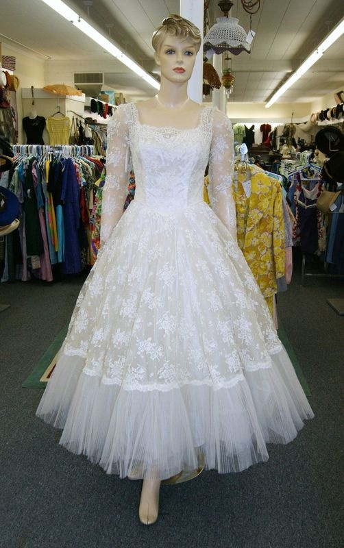 110 best 1950s wedding images on Pinterest | Wedding inspiration ...