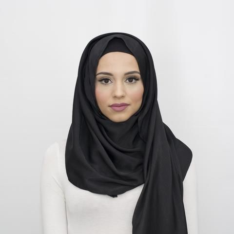 Glam Black Hijab No 10