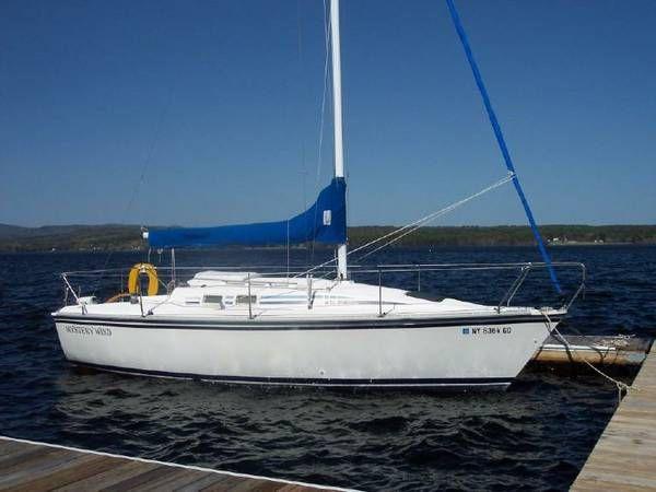 1986 Hunter Sailboat 25.5 - $3500 (Great Sacandaga Lake)
