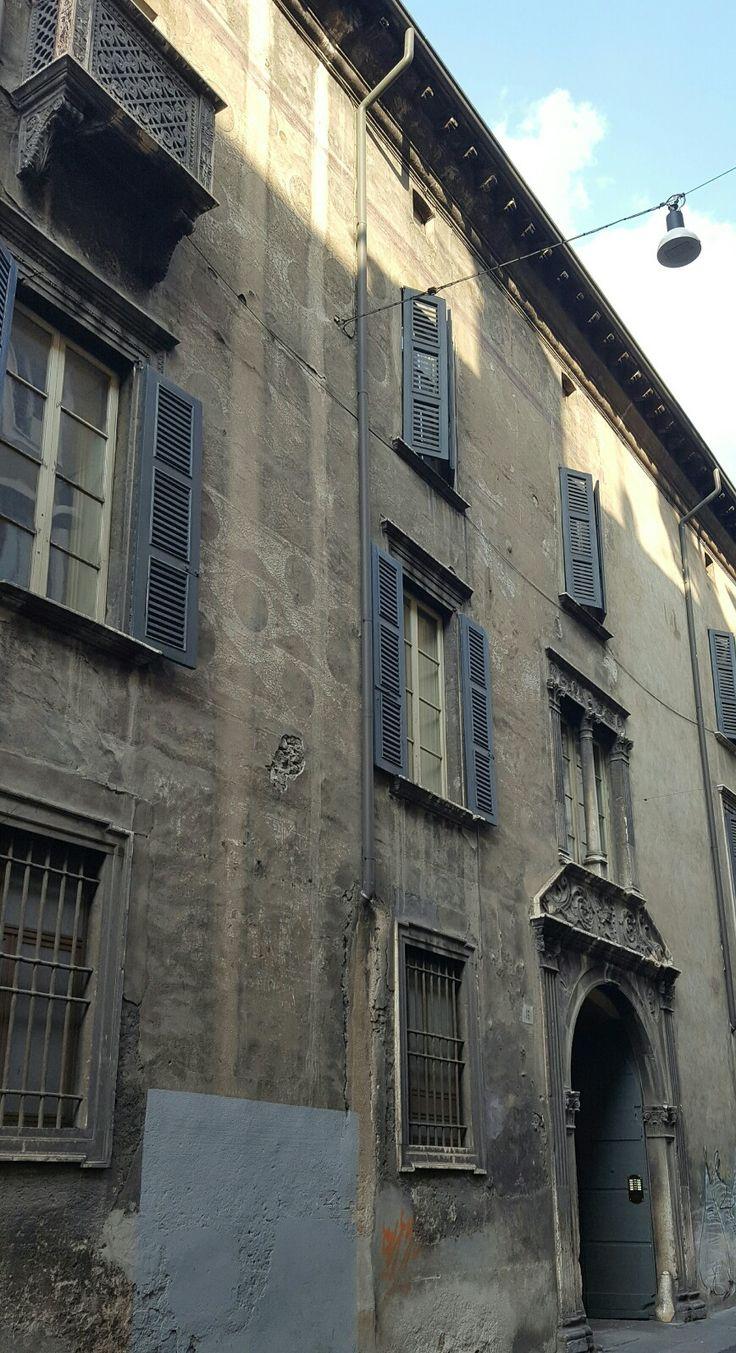 Palazzo Calzavellia 1484 architettura rinascimentale