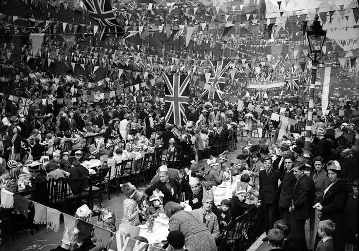 A princess, pearly kings and queens and the people of Islington gather to celebrate the cor of George VI, writes Peter Conrad