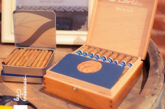 Mariage Liberty. Normandie. Bar à cigarres? Cigar bar. ©Les crâneuses, wedding planner & designer.