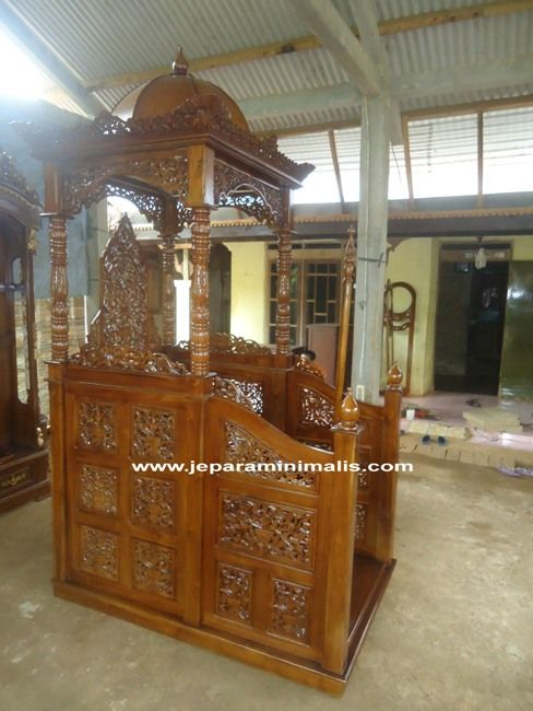 Mimbar Masjid Ukir Jati