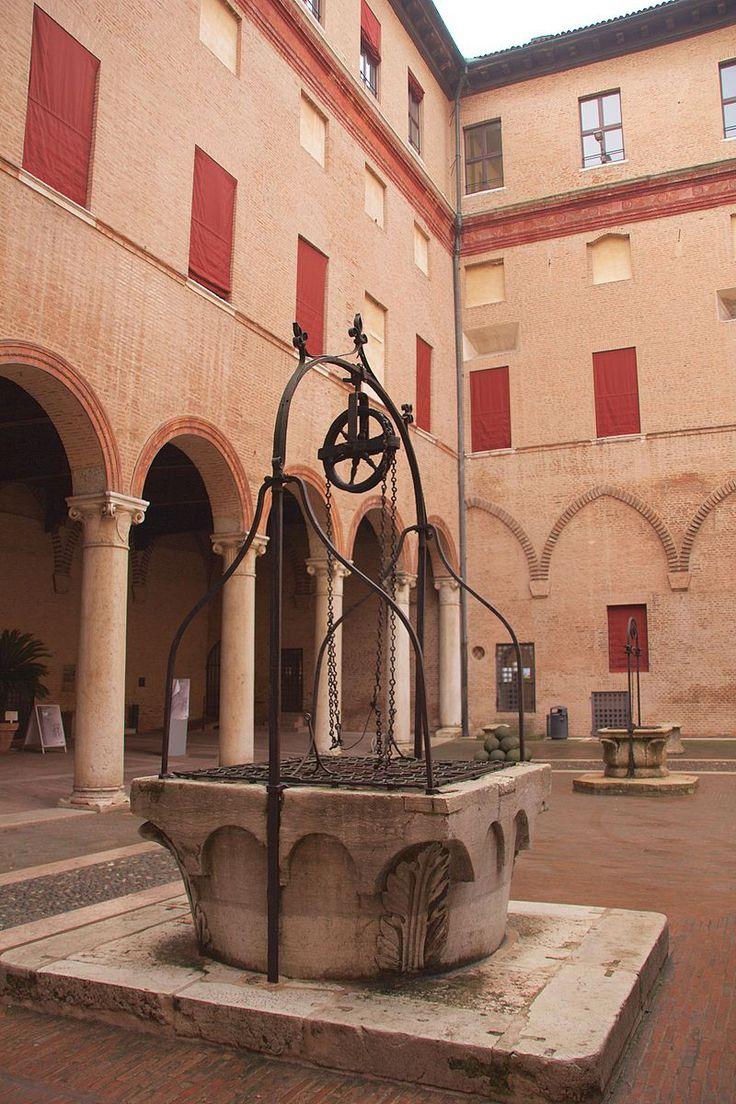 Castello Estense, Courtyard, Ferrara, Italy