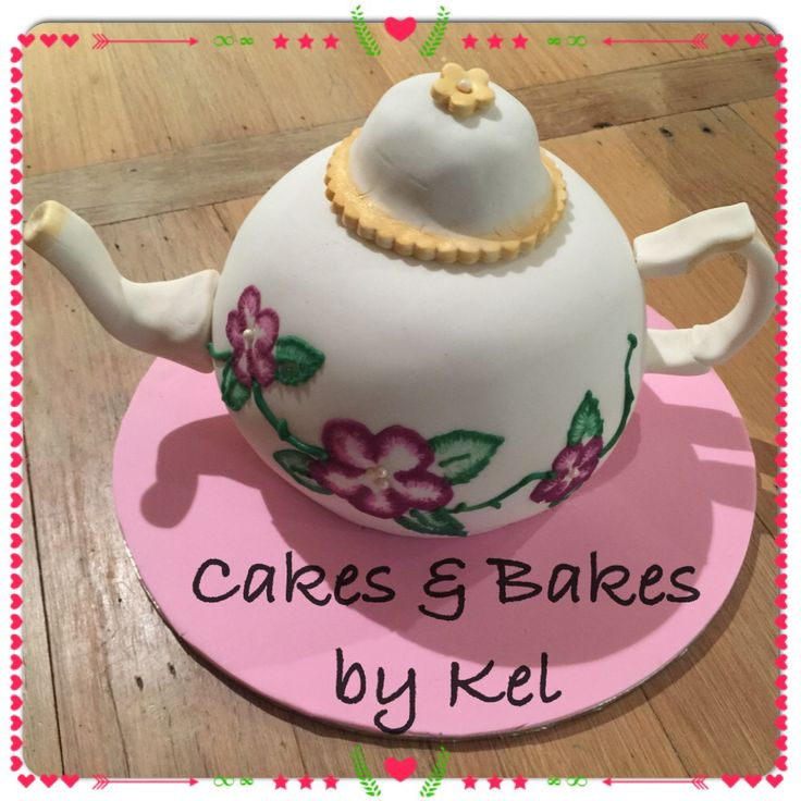 This was the first trying a teapot and also brush embroidery! I was so pleased with the result!  I created a shaped sugar paste handle and spout, cupcake covered lid. The birthday girl is an antiques collector and was stoked with her cake!