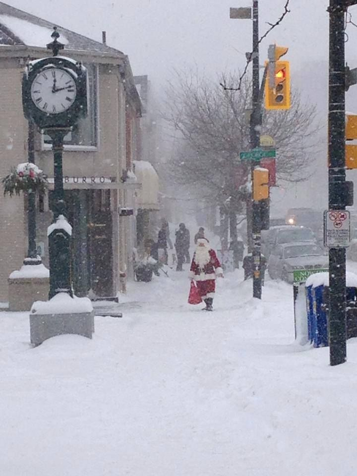 Real Pic taken in downtown Oakville, Ontario, sometimes it really is just Christmas!!