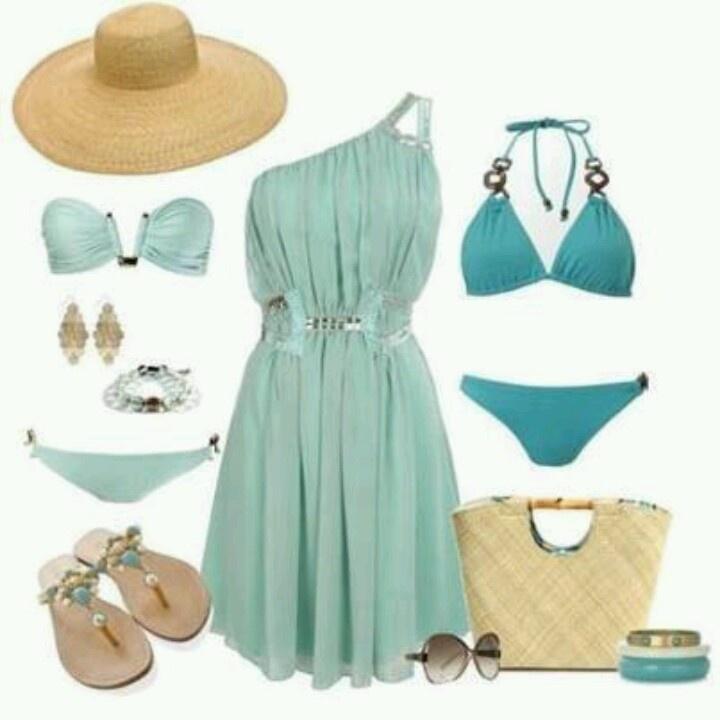 Zeer complete zomer outfit! Met 2 bikini's met deze combo's ben je er helemaal klaar voor! #Vakantie #Vakantiehuizen