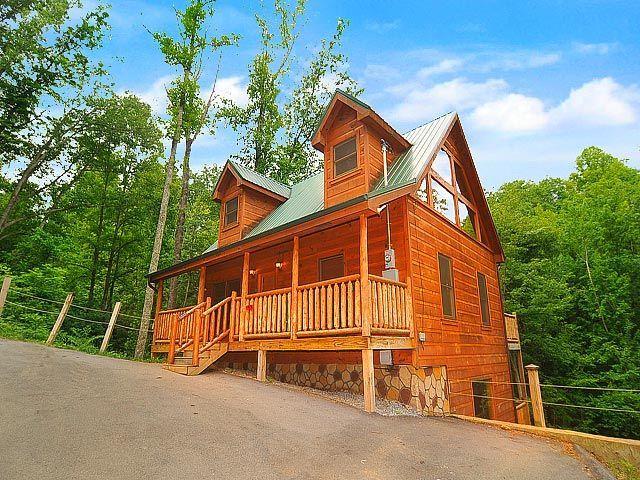 19 best cabins in gatlinburg images on pinterest smoky for Gatlinburg cabins for couples