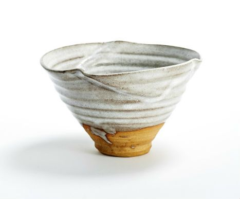 Hand thrown ceramic bowl. Stoneware. Photo: Kirstine Mengel.