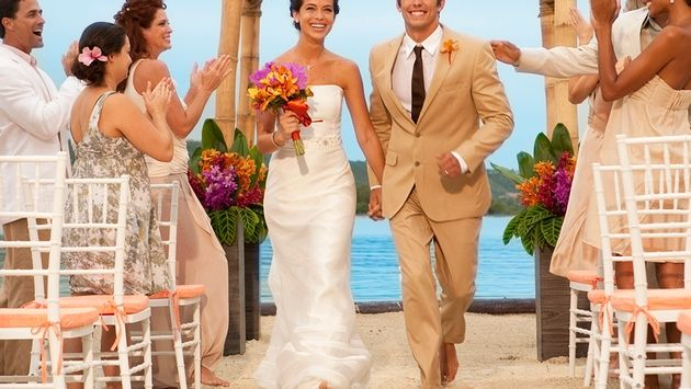 Survey: Sandals Couples Prefer To Use Travel Agents