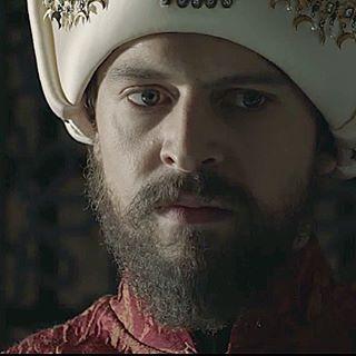 Desturr Sultan Murat han hazretleri......!!! #muhtesemyuzyilkosem  #muhteşemyüzyılkösem  #kosemsultan #myydevrimurat #devrimurat #myykosemdevrimurat #nurgulyesilcay #karasevda #kosemsultan #berensaat #nurgulyesilcayy #asklaftananlamaz #myykosem#myy#muhteşemyüzyıl#muhteşemyüzyılkösem#muhtesemyuzyilkosem#muhtesemyuzyil#magnificentcentury#magnificentcenturykosem#velikolepniyvekk#hürremsultan#sultansuleyman#ikincişans