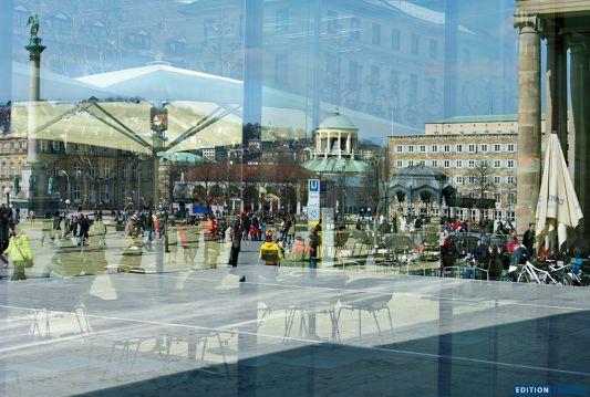 Geduld – warten auf den zufällig perfekten Moment, der die geheime Seele der Stadt aufzeigt. So entstanden die Bilder für Translucency, dem neuen Bildband von Erich Dapunt. http://www.edition-longo.it/translucency-detail #Stuttgart #Foto