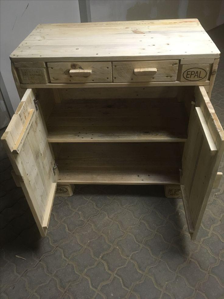 ber ideen zu paletten kommode auf pinterest palletten kommoden und palettenm bel. Black Bedroom Furniture Sets. Home Design Ideas