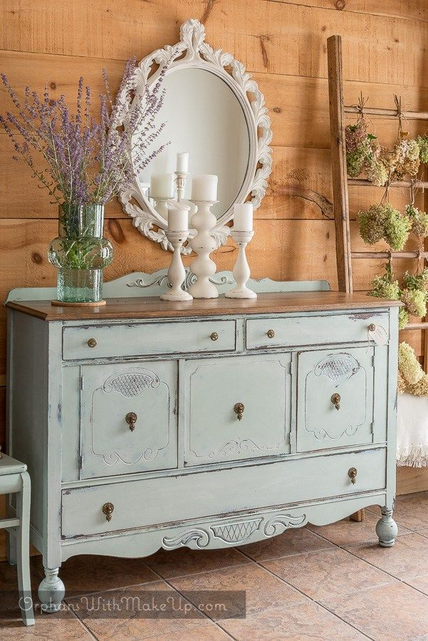 Gorgeous buffet, using base coat of Fusion Mineral Paint Renfrew Blue with a top coat of Fusion Inglenook, distressed back.  Fusion--the no wax furniture paint!