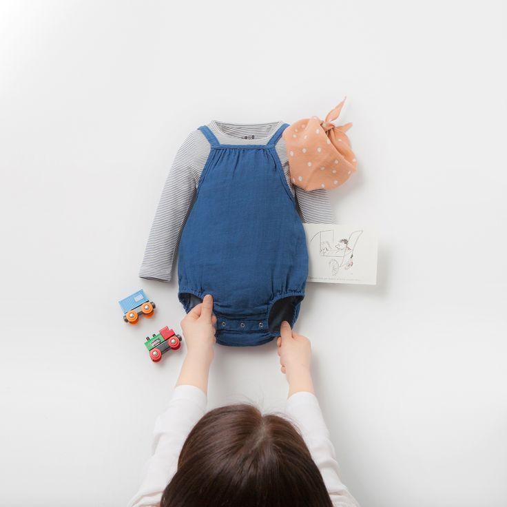 New~ BABY LOOK NO. 61 :) . #SS_TRIANGLE_SCARF #SMALL_STRIPE_T #SUSPENDERS_BODYSUIT . #베네베네 #benebene #아동복 #아동복매장 #아기옷 #키즈패션 #키즈스타그램 #kid #kids #kidsfashion #instafashion #kidsclothing #kidswear #kidsstyle #kidslook #girllook #babylook #boylook #cute #beautiful #cutekid #baby #girl #girls #boy #withmom #fashion