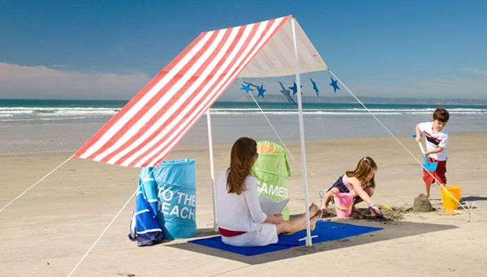 30+ Things to Make with a Beach Towel « :Love these great ideas! I could make this tent!