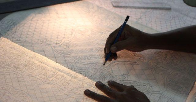 Making the pattern for Batik ~ House of Danar Hadi museum