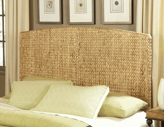 This Seagr Headboard Would Be So Great In A Cottage