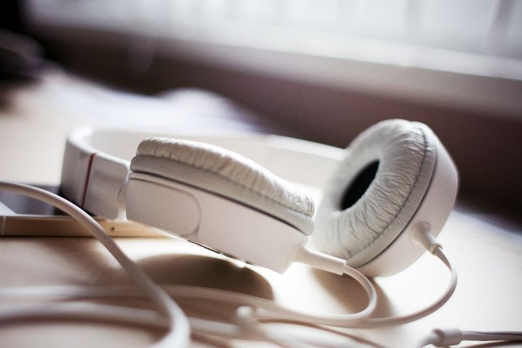 Musik-Streaming-Dienste drängen vermehrt nach Deutschland. Der Marktführer Spotify ist dabei nur einer der vielen Anbieter für gestreamte Musik. Wir zeigen euch in einer Übersicht, welche Spotify-Alternativen in Deutschland zur Verfügung stehen – und wo ihre Vor- und Nachteile liegen.