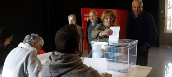 Catalonia getting ready to buy the ballot boxes for the independence referendum | VilaWeb