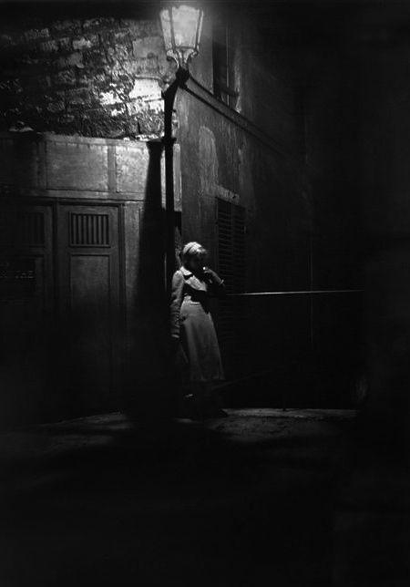 Paris 1933  Photo: Marcel Bovis