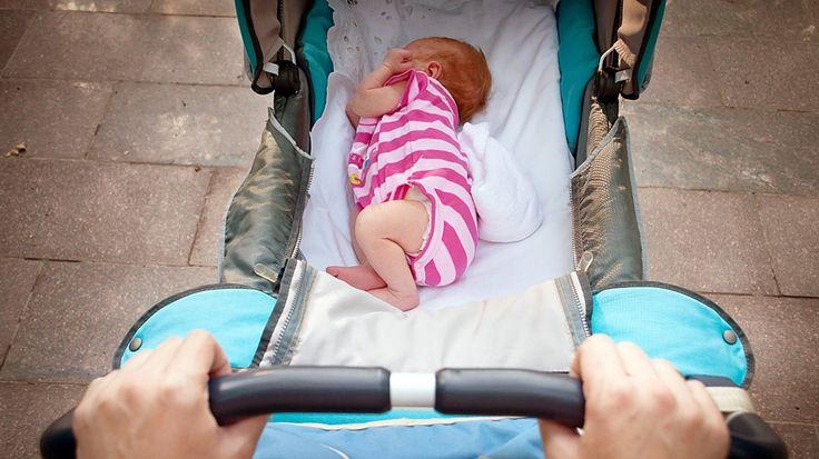 Mange vet ikke at små barn blir utsatt for helserisiko i barnevognen - selv om det er svært enkelt å unngå det.