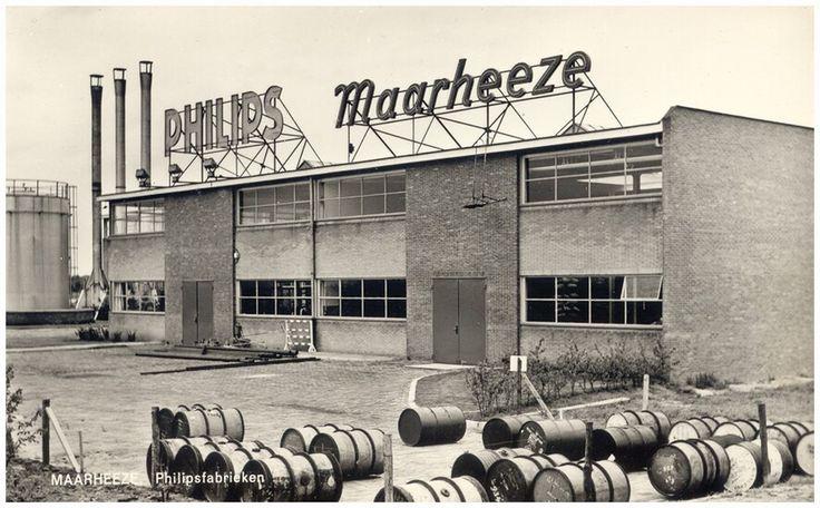 Maarheeze, Philipsweg 1 Philipssfabriek Maarheeze: Gebouw B. Bij de start was hier het grondstoffenmagazijn ondergebracht tot het werd verplaatst naar de gebouwen N en P begin jaren 1960 foto: Laat, Jan de 1958