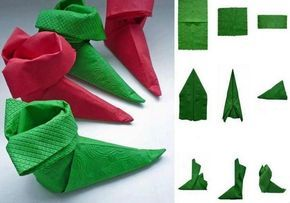 fold napkins christmas green red boots