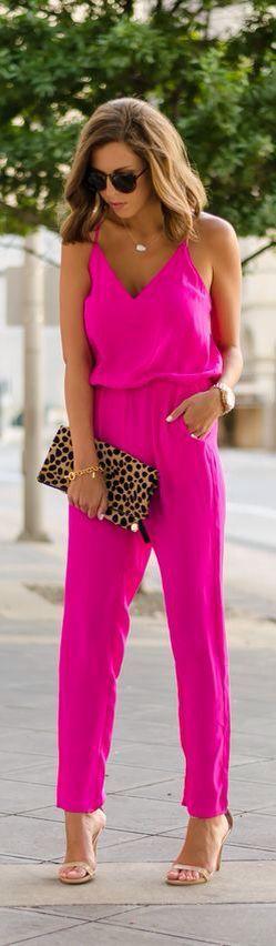 Jumpsuits elegantes para eventos de día http://beautyandfashionideas.com/jumpsuits-elegantes-eventos-dia/ #Fashion #Fashiontips #jumpsuits #jumpsuitselegantes #Jumpsuitselegantesparaeventosdedía #outfitsdedía #outfitsparaeldía #tendenciasdemoda #Tipsdemoda #Trends