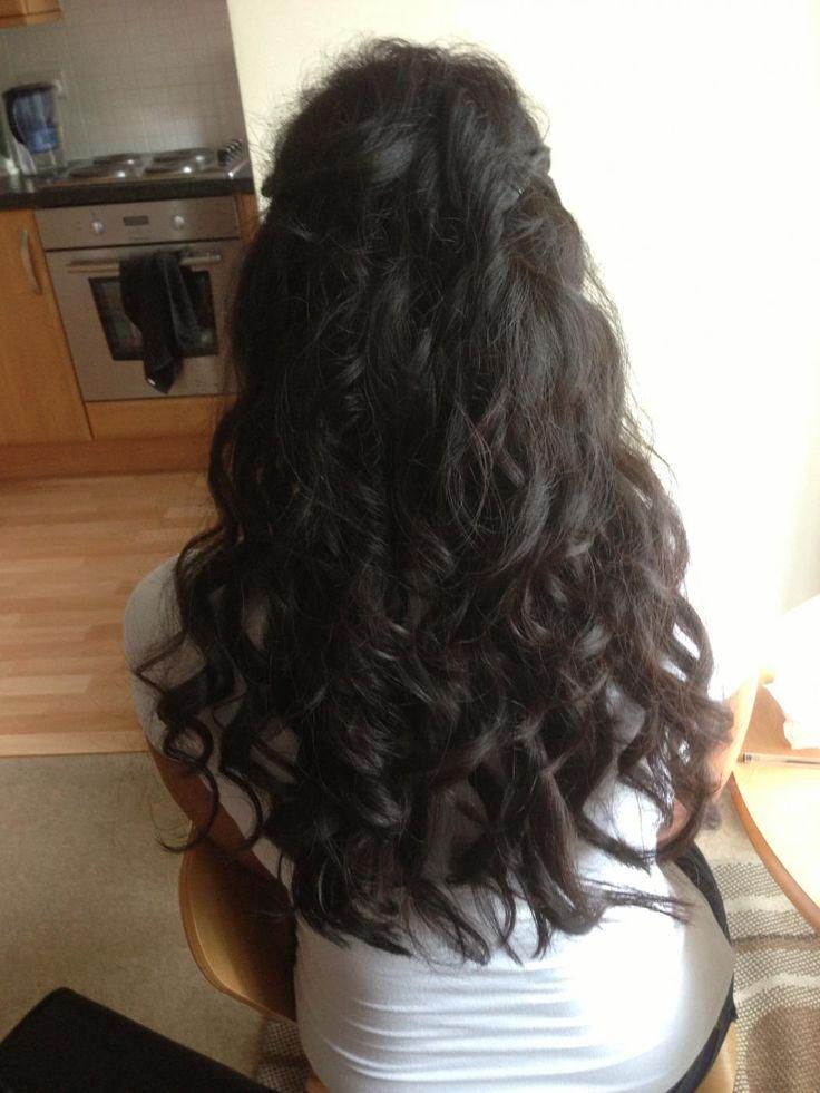 """PREZZI E DOVE ACQUISTARE Il prezzo di Babyliss Perfect Curl è di circa 200 euro (165 sterline più spese di spedizione), un costo che nel tempo potrebbe eventualmente essere visto come un """"investimento"""", soprattutto trattandosi di un prodotto professionale. Questo speciale e nuovissimo arriccia capelli è disponibile per l'acquisto sul sito inglese Perfect Curl, e da poco è arrivato anche in Italia!"""