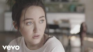 Noah Cyrus - Make Me (Cry) ft. Labrinth - YouTube