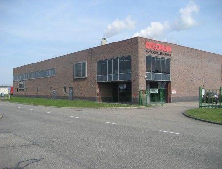Te huur bedrijfsruimte in Amsterdam aan de Herwijk 12. Diverse bedrijfsunits en kantoorunits beschikbaar voor de verhuur.  Vanaf 80m2 tot 3000m2. Bepaal je eigen huurprijs en kom direct in onderhandeling met de eigenaar.  http://www.huurbieding.nl/huur/bedrijfsruimte/1-00878/amsterdam/herwijk-12.html  #bedrijfsruimte #kantoorruimte #showroom #tehuur #amsterdam #huren #ondernemers #gezocht #opslag #logistiek #distributiecentrum #vastgoed #nederland #hoofdstad #bieden #huurprijs #schiphol