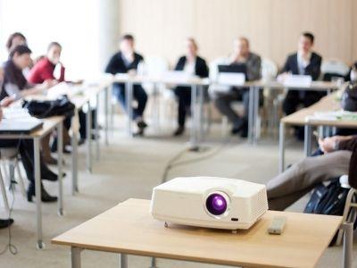 Qualité de la salle de réunion, prestation de service, déroulé de la réunion, recevez du feedback sur l'appréciation de la mise à disposition de vos salles de réunion