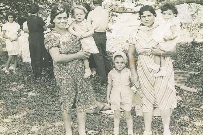 When ethnicity counts: civilian internment in Australia during WW2