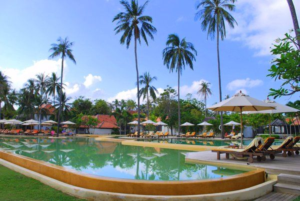 Chill out by the pool at Evason Hua Hin