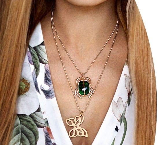 Lilou - Collier avec Scarabée vert foncé