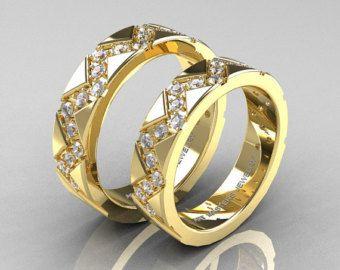 Moda, elegante y con clase, el nuevo italiano 14K amarillo oro diseñador Formal infinito venda de boda Set R533S-14KYGS evoca lujo y elegancia. Decoradas para ocasiones especiales, este diseñador bandas de boda son un espectáculo para la vista.  Italiano de 14K amarillo oro infinito Formal diseño boda banda conjunto R533S-14KYGS  El sistema incluye:  Venda de boda para hombre  * 1 x sobre 10,0 gramos TW (aprox.) de la banda de oro amarillo 14K sólido fundido (gama de la anchura 5 ~ 6 m m)…