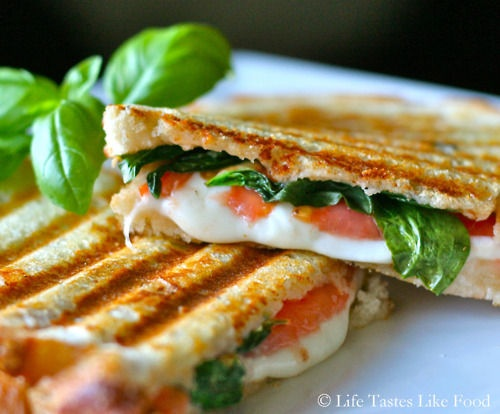 tomato, mozzarella, and basil panini: Sandwiches, Tomatoes Mozzarella, Olives Oil, Capr Salad, Tomatoes Basil Mozzarella, Paninis Recipes, Capr Paninis, Basil Paninis, Grilled Chee