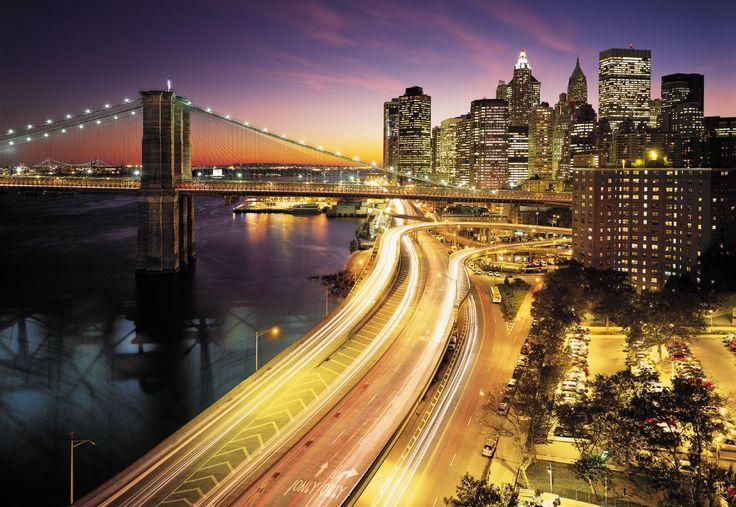 Emocionante, de ritmo rápido, dinámico: el mar de luces de la ciudad de Nueva York. Contacta con nosotros al 951 081 159, vía email info@bricotiendas.com o visita nuestra tienda especializada en papeles pintados www.papeles-pintados.es.
