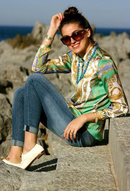 http://media4.chicisimo.com/thumbs/files/2012/03/zara-verde-vintage-camicie-bluse~look-main.jpg