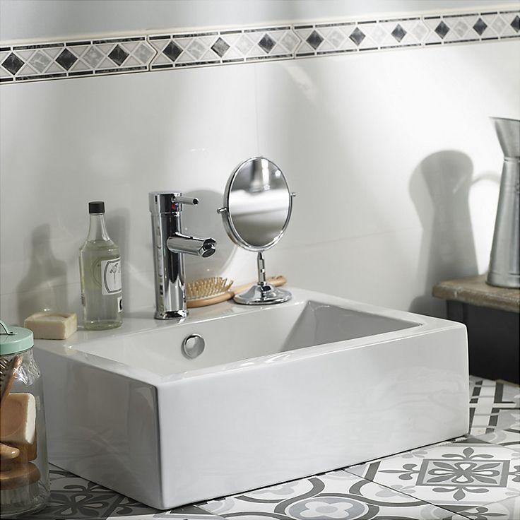Los artefactos geométricos combinados con decoración vintage, quedan de maravilla en tu baño y nunca pasarán de moda. ¡Que tu baño sea vanguardista! #SodimacHomecenter #Sodimac #Homecenter